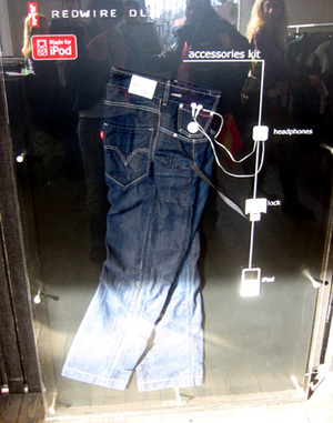 Ipod_jeans_spotted